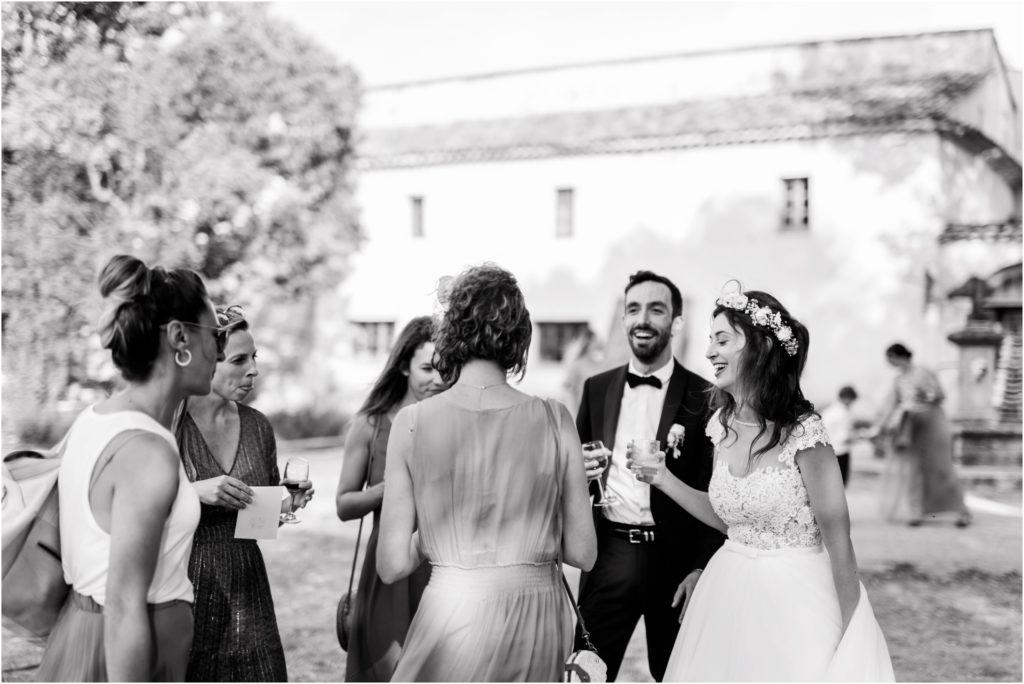 Photo mariage Forcalquier vin d'honneur au Gite la Fontaine